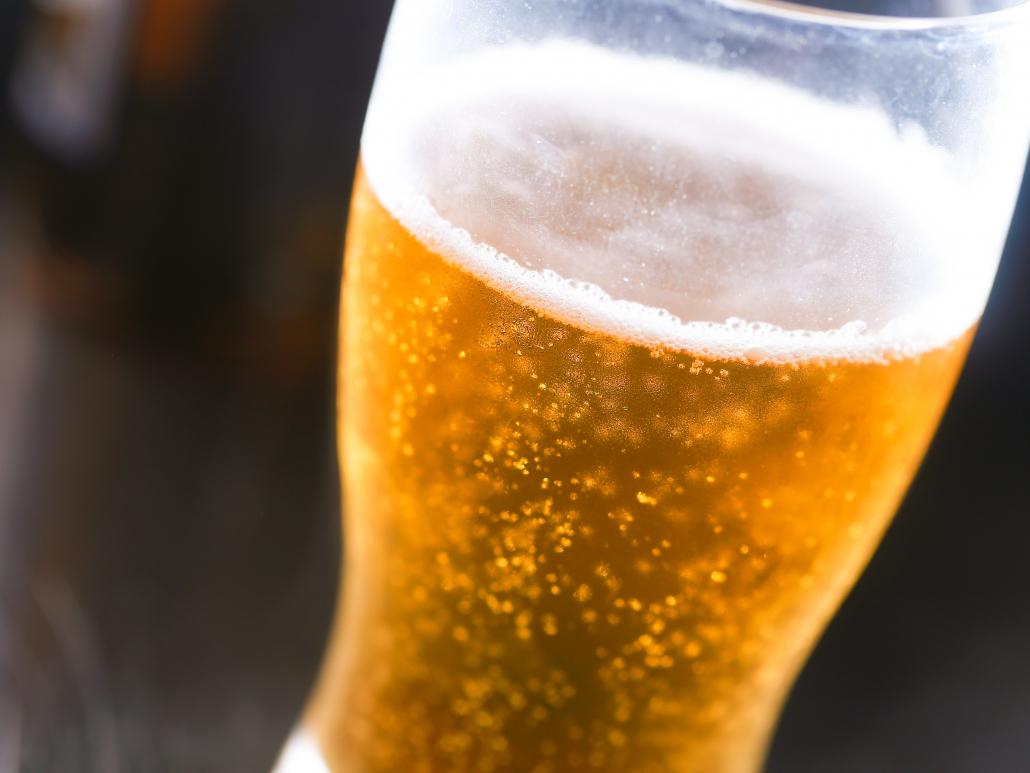 Cold cerveza pic